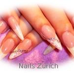 Nikike white nails Zürich